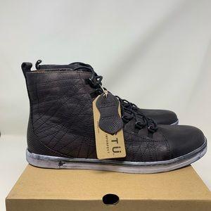 BedStu Raylan Black Lace Up High Top Sneaker
